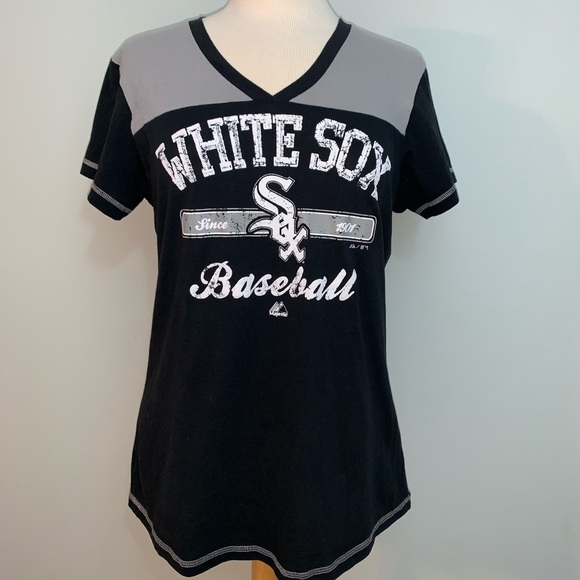 Majestic Tops - White Sox v neck ladies tee
